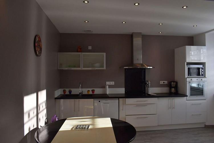 Maison mitoyenne Arradoy cuisine - Irouleguy