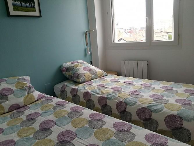 Lit adaptable en lits jumeaux à la demande