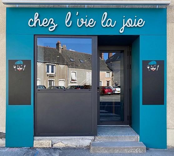 RESTAURANT AU CAFÉ CHEZ L'VIE LA JOIE
