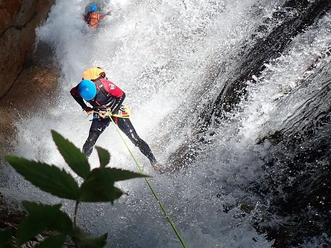 Johan Fontvieille - Accompagnateur canyon, escalade