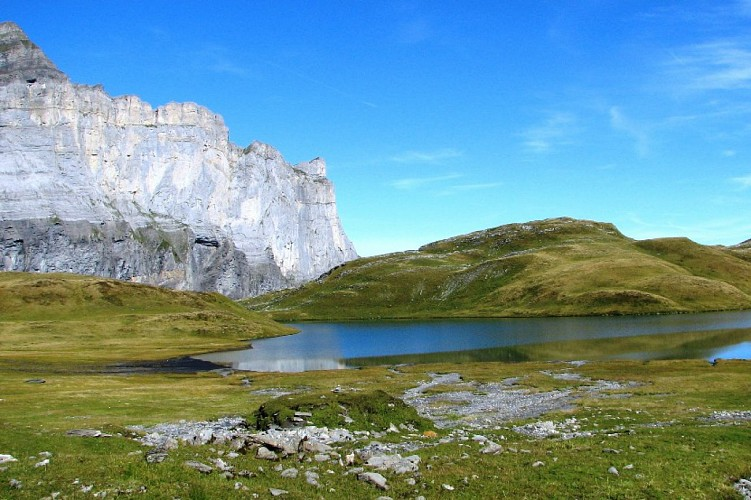 Lake: Lac d'Anterne