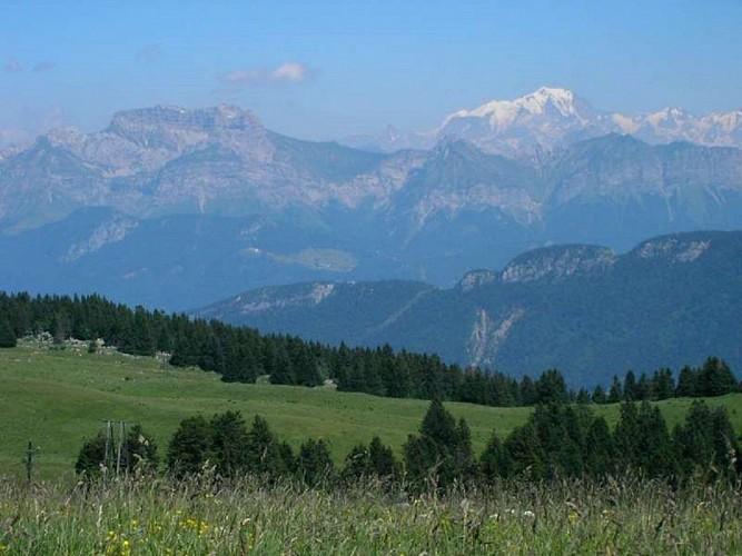 Panorama of the Semnoz Plateau