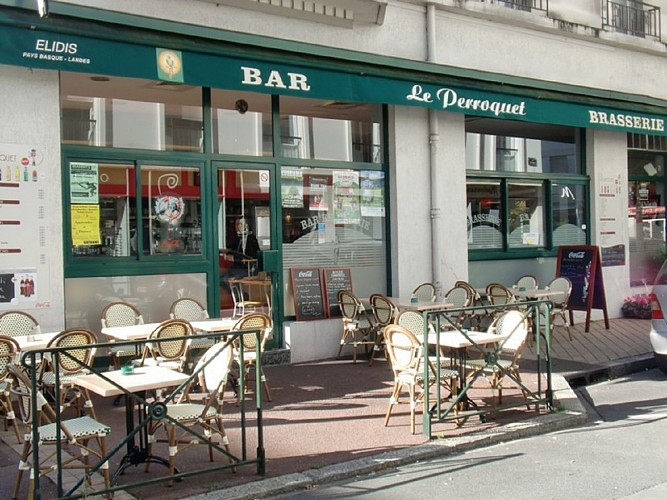 Brasserie Le Perroquet