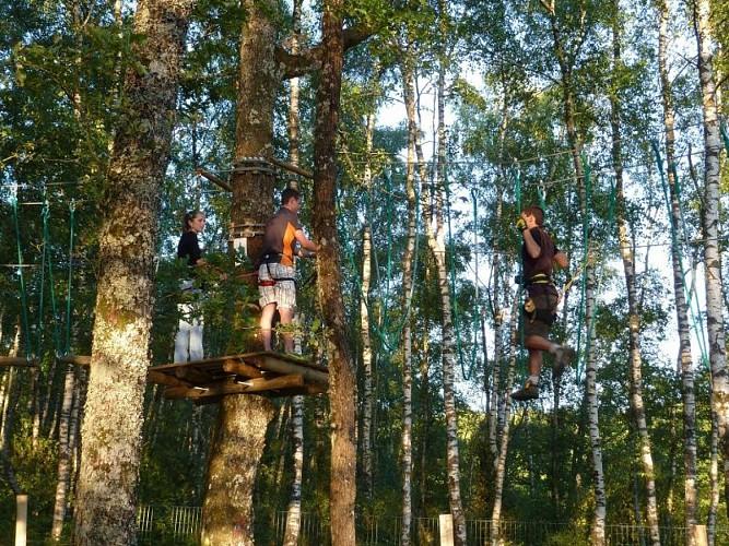 """Acrobatisch park """"Arbre & Aventure"""", Lac de Saint-Pardoux"""