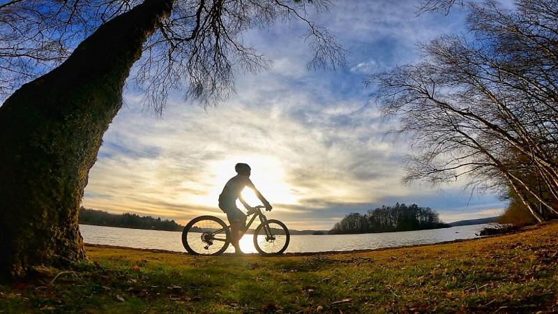 Feel single track au lac des Settons