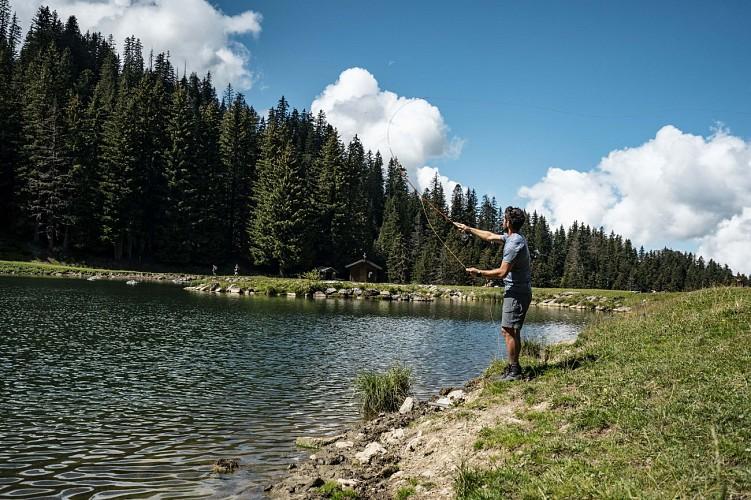 Fishing in Lac de la Mouille
