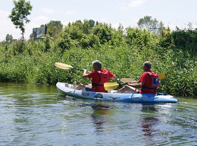 Kayaking down the Durdent river