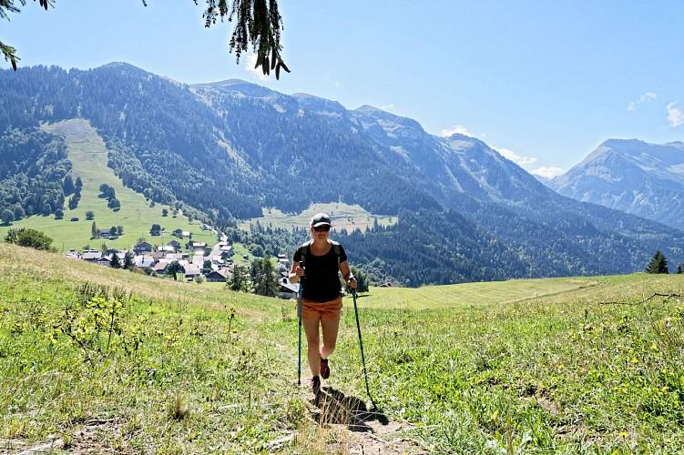 Tour de la Tête de Romme - Hiking