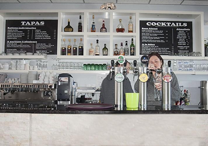Le Snow Bar 64