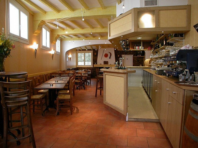Hôtel Restaurant Le Trinquet