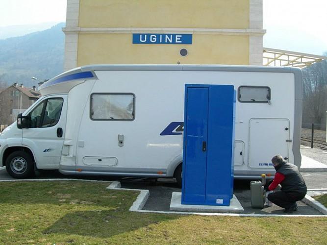 Aire de service et de stationnement - camping-car