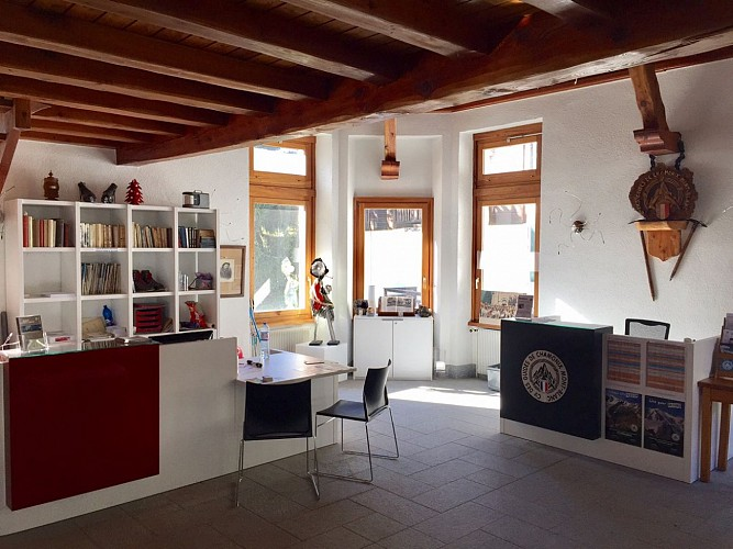 Mountain guide office in Argentière