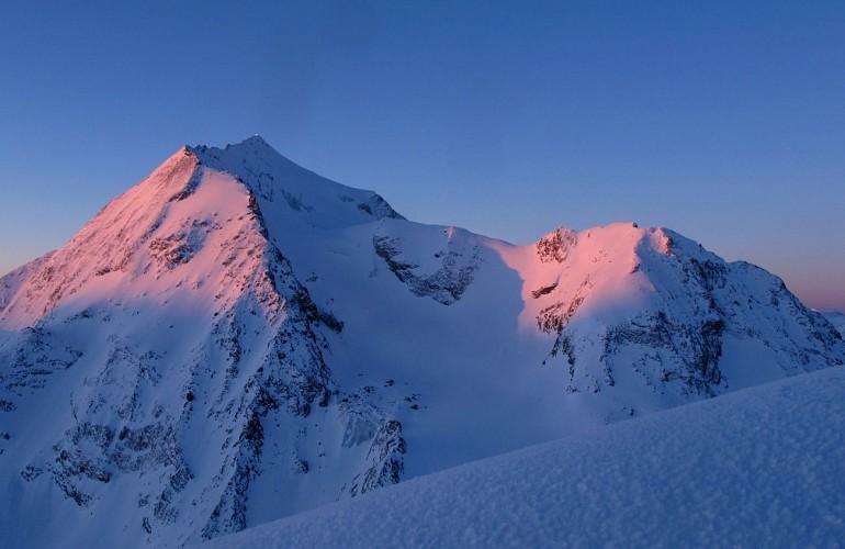 """Ice hicking on the Rhême Golette """"glacier"""" or Les Lanchettes """"glacier"""""""