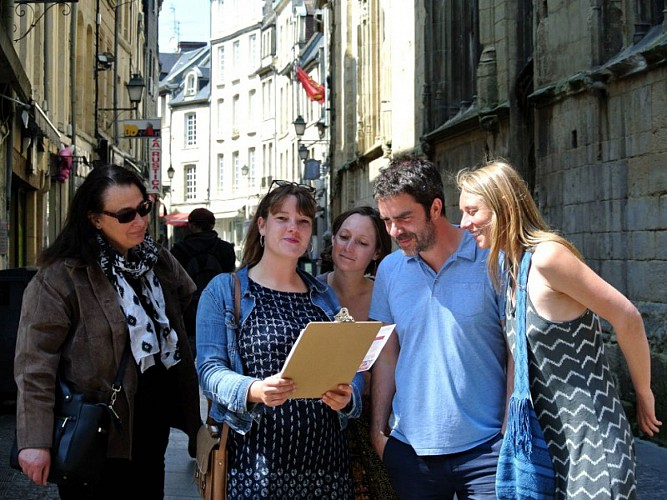 Tour - scavenger hunt with Normandy under the microscope: unlock the Middle Ages