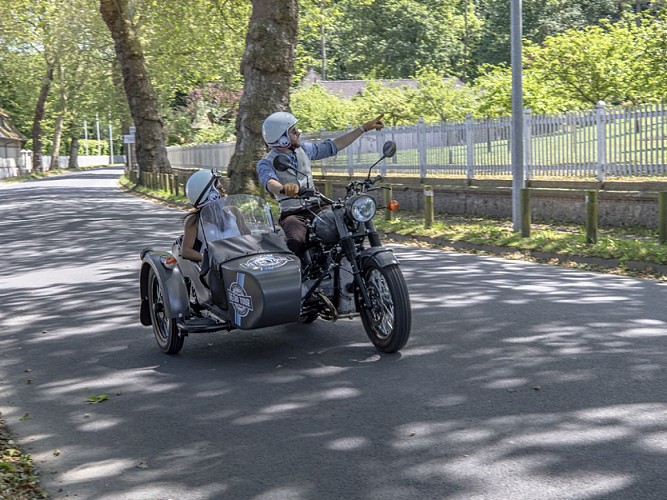 Follow the Cider Route aboard a sidecar