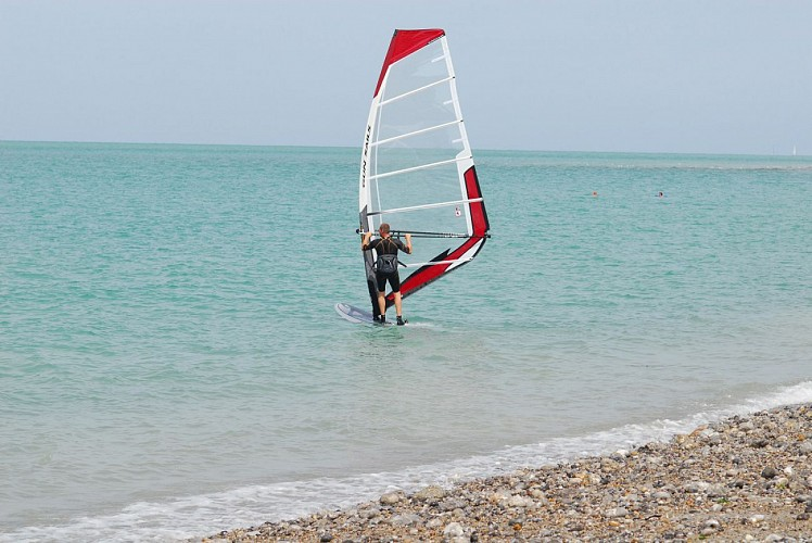 Windsurfing hire in Veules