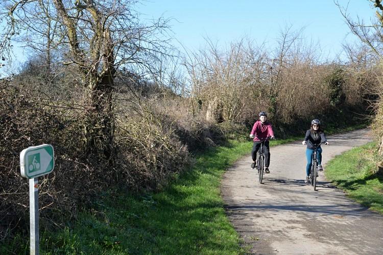 Location de vélos / VEL'OMAHA Station:  Le Pont du Hable