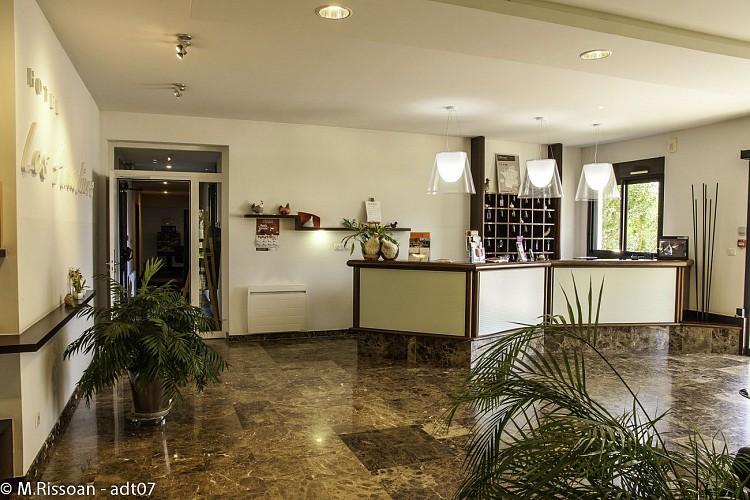 Hôtel les Amandiers