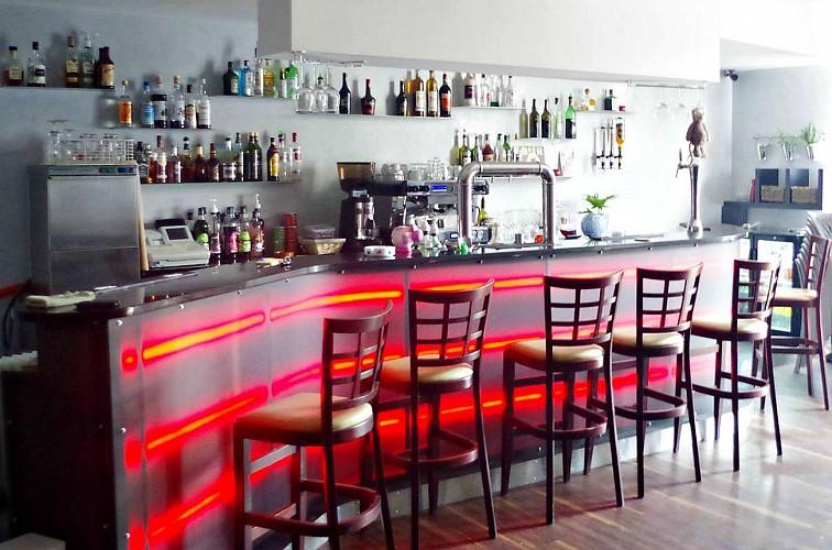 Bar Le Singlar
