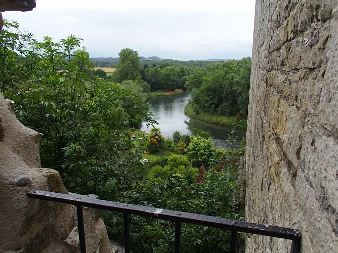 Sauveterre-de-Béarn, la Tour Monréal