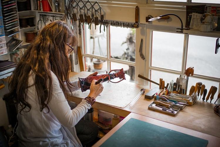 """Atelier Sculpture cuir """"A Flor de Peau'"""