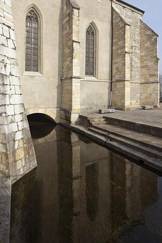 Le canal Saint-Dominique
