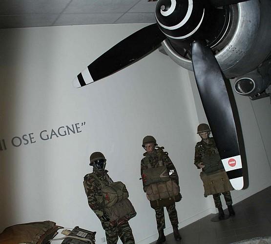 Musée Mémorial des Parachutistes