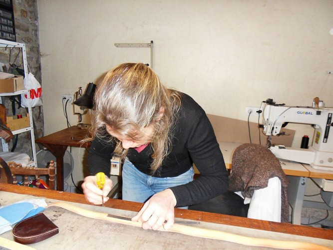 L'atelier de maroquinerie de Clarisse