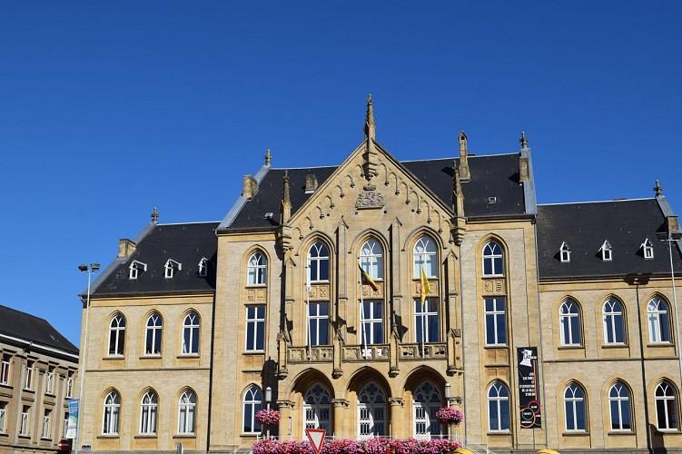 L'ancien Palais de Justice (1864)
