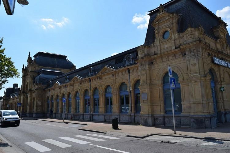 La Gare (1884)