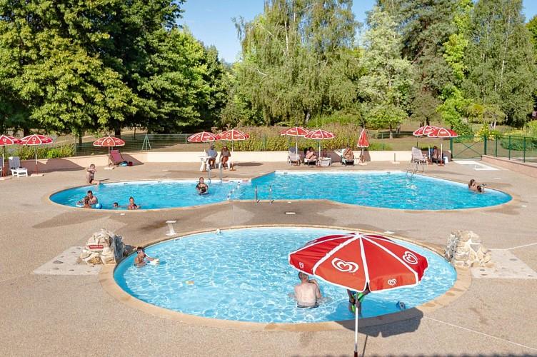 877505 - 6 people - 2 bedrooms - 2 'épis' (ears of corn) - Les Cars