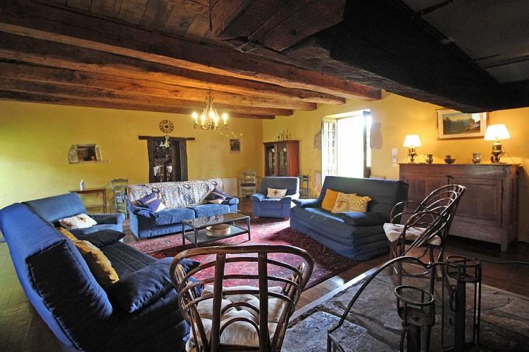 """877094 - 11 people - 5 bedrooms - 3 """"épis"""" ears of corn - Champagnac la Rivière"""