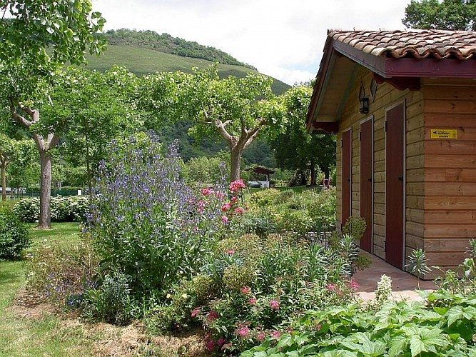 "Camping Narbaitz ""Vacances Pyrénées Basques"""