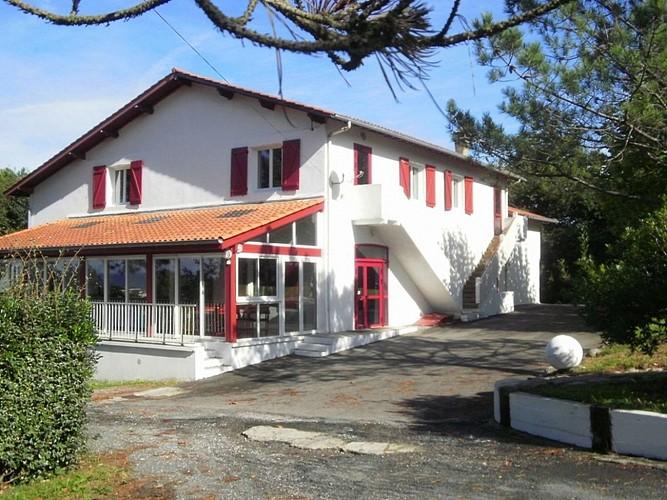 Bi-Izarrak (Centre Ithurbidea)