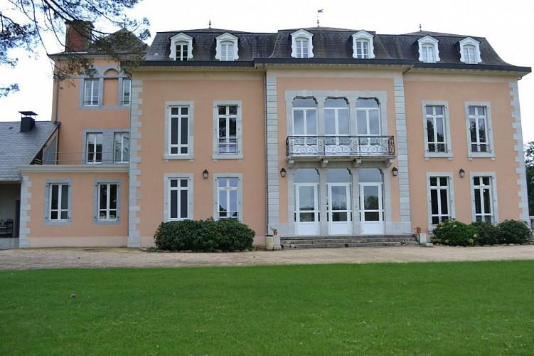 Château de Libarrenx-Centre international de séjour