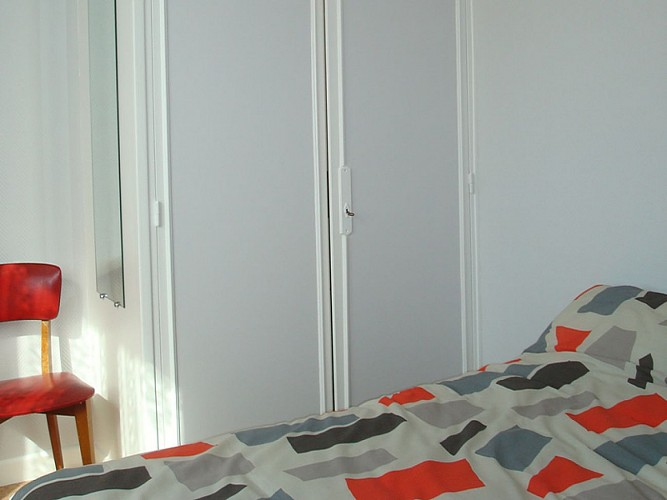 Appartement dans maison Large