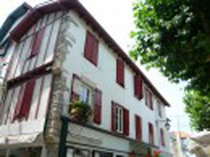 Thurin Ramuntcho Collège 1er étage T1