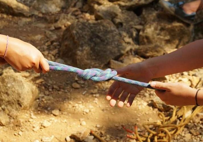 Initiation à l'escalade familiale en Ardèche
