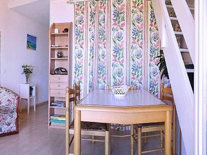 Appartement dans résidence Poinson