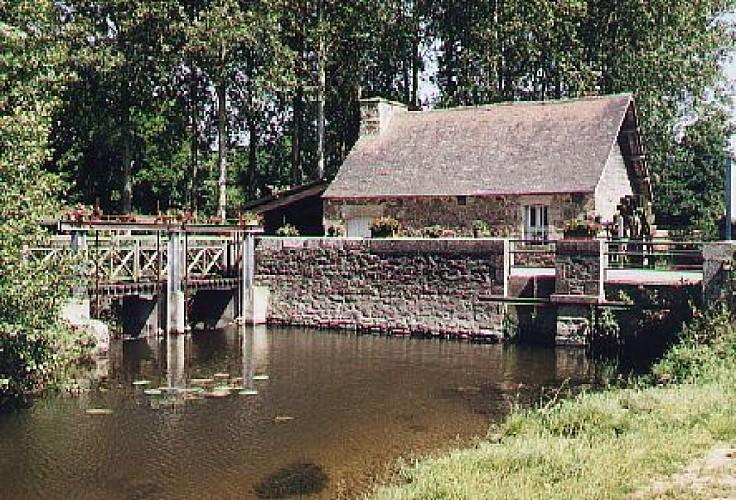Le moulin du Pont Loyer (privé)