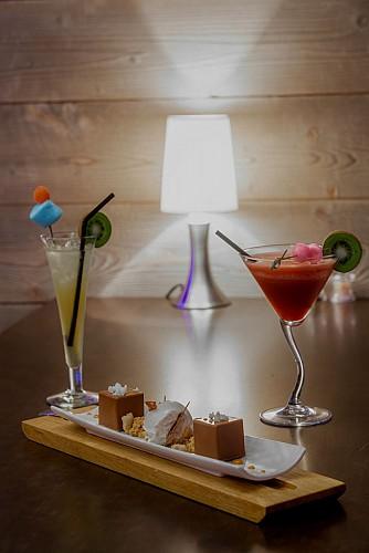 HORS PISTE /  Aperitief - Diner - Wijnbar - Cocktails