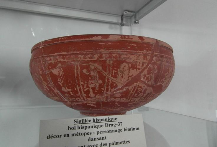 Musée du Camp Romain Usakoa - Sigillée Hispanique - Saint Jean le Vieux