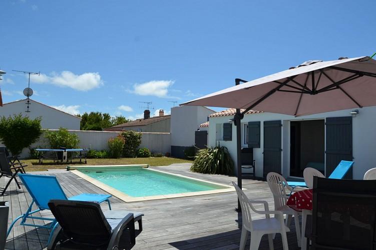 Maison de vacances avec piscine pour 8 personnes à Barbâtre sur Noirmoutier