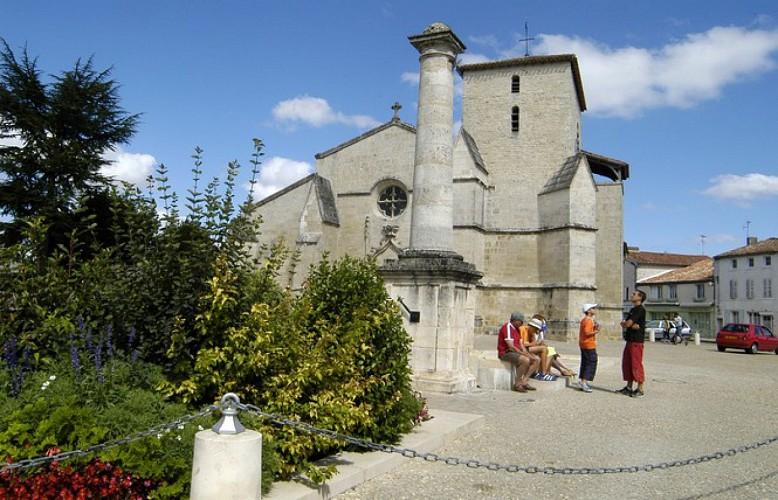 Eglise Sainte-Trinité de Coulon