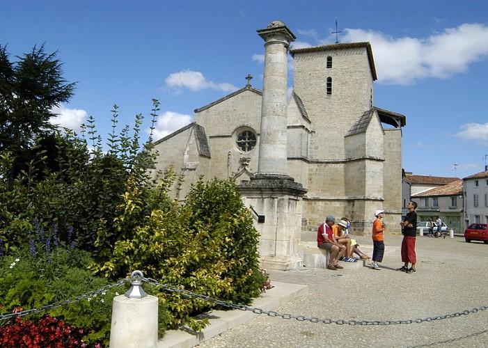Église Sainte Trinité de Coulon