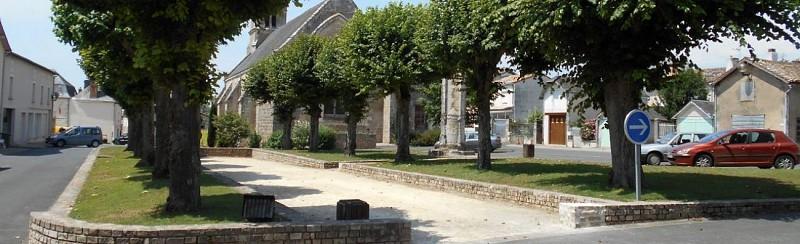 La Place des Cloîtres