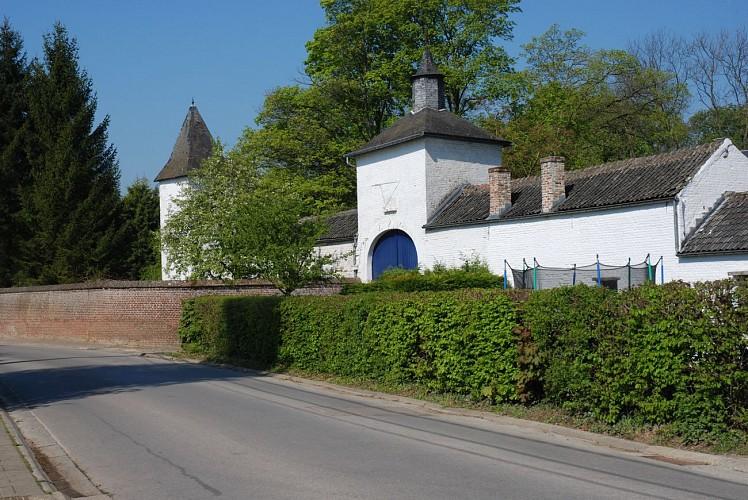 Le château de Nil-Saint-Martin