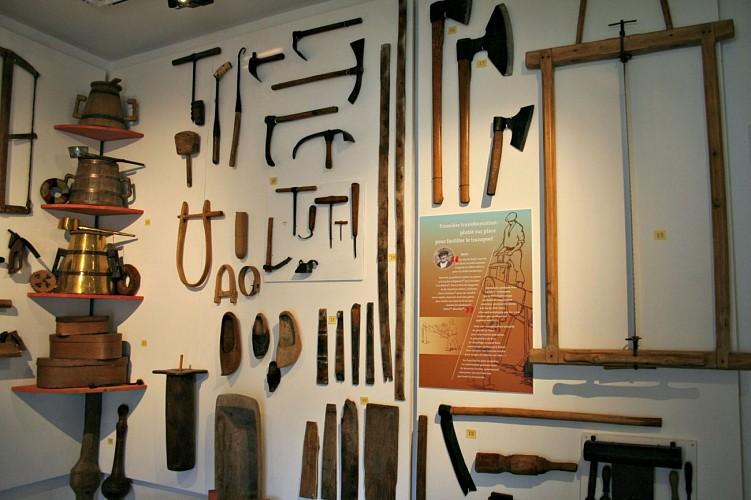 Espace muséographique de la Maison du Barétous - Collection d'outils