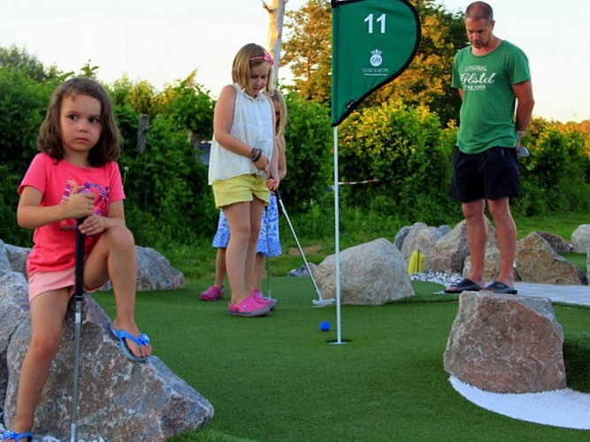 cornille aventure mini-golf