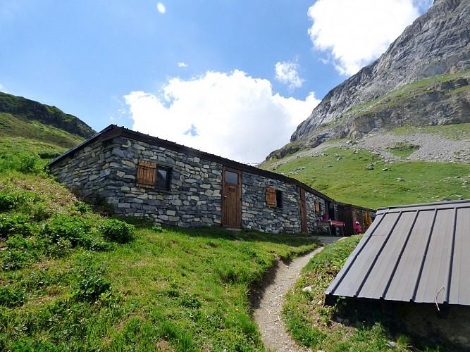 Le col de Grassaz, lac Verdet, col de la croix des Frêtes. Boucle 2 jours.